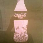 Kvinnligt designsamarbete på Coca-Cola